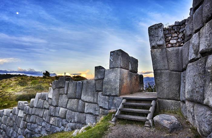 sacsayhuaman - Peru Odyssey