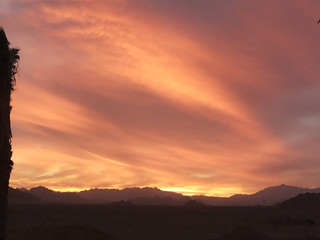 sunset-426059_640